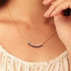 Fancy Jewellery, Gold Jewellery Design, Stylish Jewelry, Fashion Jewelry, Diamond Mangalsutra, Gold Mangalsutra Designs, Nose Jewelry, Necklace Designs, Wedding Jewelry