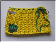 http://www.strickparadies.com/product_info.php?info=p1606_haekelrock-fuer-eine-moderne-lady--froschlein--.html