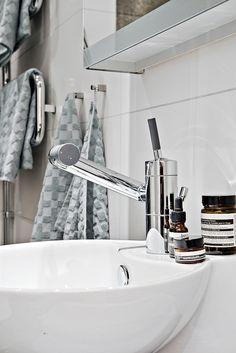 Nordic Style, Clawfoot Bathtub, Decoration, Small Spaces, House Design, Interior Design, Home, Bathrooms, Scandinavian Interiors