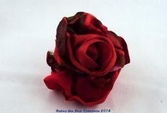 barrette en soie(s)  , rose rouge