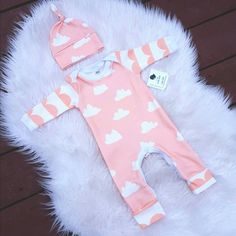 Organic baby girls take home outfit. Romper with knot by BabyNell