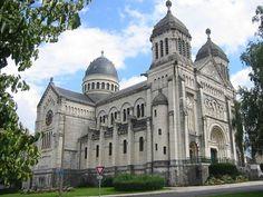 Basilique Saint-Ferréol et Saint-Ferjeux à Besançon, Franche-Comté