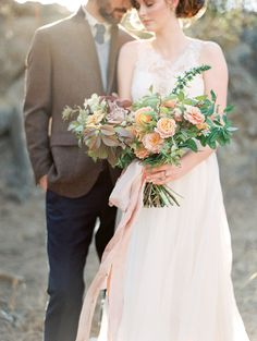 Bringing flowers to an engagement session is a great added element.