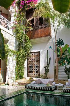 riad yasmine swimming pool marrakech The riads of Marrakech provide you the best-value places to stay with their great personal service and beautiful interiors. But which one should you choose? Beautiful Interiors, Beautiful Homes, Beautiful Places, Exterior Design, Interior And Exterior, Outdoor Spaces, Outdoor Living, Outdoor Lounge, Outdoor Travel