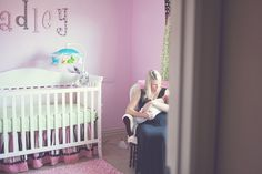 Great lifestyle newborn photography by Gingersnap Photographs