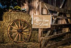 Nashville Wedding Photographer. #barn #wedding #decor #herecomesthebride #fun