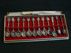 B9846 £SOLD to Australia (July 2014) Twelve vintage Dutch silver plated embossed decorative spoons
