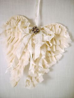The Feathered Nest DIY:: Angels are among us...Tutorial