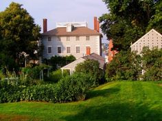 Moffat Ladd House - Historic Home and Gardens - Portsmouth NH Downtown
