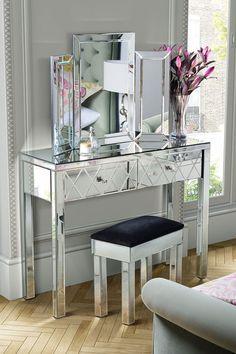 KNIGHTSBRIDGE Mirrored Dressing Table & COLLETA Triple Folding Mirror