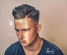 Texture haircut with fade - Men Hairstyle - Barber Haircut Great Haircuts, Haircuts For Men, Barber Haircuts, Textured Haircut, Dope Hairstyles, Furla, Dreadlocks, Hair Cuts, Hair Beauty