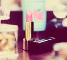 pouty pink. chanel.