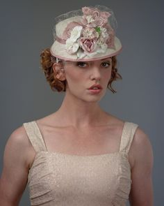 3199DHSI Doll Hat, sisal, natural w/rose