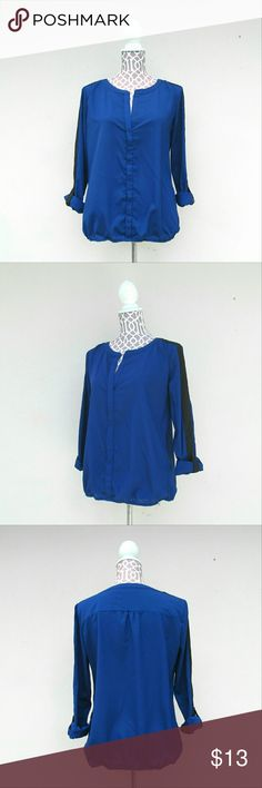 New York & Company Blue Top Size Small I offer bundle discounts :) New York & Company Tops Blouses