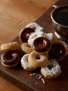 mini #doughnuts: #sugar sprinked + #chocolate icing