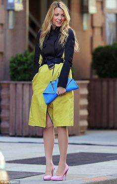 Blake Lively in colour blocking style