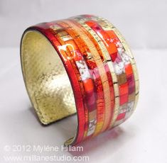 This Friendly Plastic mosaic cuff has that real Wow! It's been coated with EnviroTex Lite resin to make it more durable and to give it a glass-like finish. Resin Jewelry, Jewelry Crafts, Handmade Jewelry, Jewellery Making Materials, Diy Jewelry Making, Colors Of Fire, Friendly Plastic, Resin Coating, Fiery Red