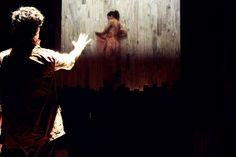 Texto é uma criação coletiva livremente inspirada na obra de Valter Hugo Mãe; Companhia de teatro criou um grupo de leitura para discutir a produção do autor.