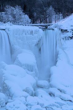 Bridal Veil Falls, Niagara Falls, NY in winter