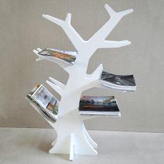 Biblioteca árbol blanca