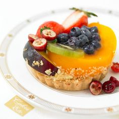 Desserts & Platters ∗ Cakes Etc. ∗ Victoria BC Baked Goods