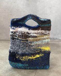 crochet bag by 1213 Crochet Tote, Crochet Handbags, Crochet Purses, Love Crochet, Knit Crochet, Knit Basket, Freeform Crochet, Arm Knitting, T Shirt Yarn