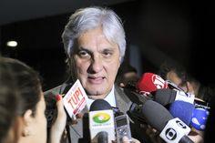 O petista, líder do governo até esta quarta-feira, foi ministro de Itamar Franco e diretor da Petrobras