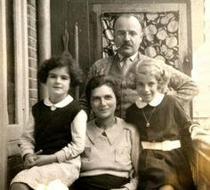 Susanne Ledermann (also known as Sanne, on the far left) was one of Anne Frank's best friends. In 1944, Sanne and her parents were murdered in Auschwitz. Her sister Barbara (far right) survived the war.