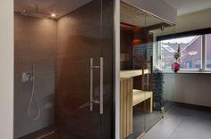 Stonewashed oak infrared sauna by VSB Wellness - Infrarood stonewashed eiken sauna gemaakt door VSB Wellness Infrared Sauna, Bathrooms, Bathtub, Wellness, Doors, Furniture, Ideas, Home Decor, House