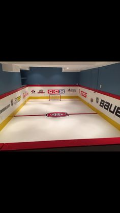 Turning Your Basement into the Ultimate Man Cave Can Be Fun - Man Cave Home Bar Backyard Hockey Rink, Backyard Ice Rink, Boy Sports Bedroom, Hockey Bedroom, Man Cave Basement, Man Cave Garage, Synthetic Ice Rink, Diy Projects Man Cave, Modern Man Cave