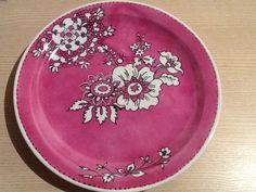 Prato de porcelana, pintado por Renata Franchi