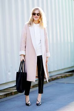 Stylish And Trendy Business Casual Outfit For Women 28 Trajes Business Casual, Business Casual Outfits For Women, Business Attire, Fashion Job, Fashion Ideas, Fashion Editor, London Fashion, Style Fashion, Fashion Women