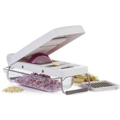 PL8 Professional Chopper - dice, chop, and mince onions, garlic and other foods in this professional quality, affordable kitchen gadget. The blades are stainless steel for easy cleaning.