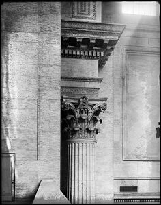 Museum of the City of New York - Column in main waiting room of Pennsylvania Station. Vintage Architecture, Historical Architecture, Architecture Plan, Corinthian Order, Train Platform, Urban Design Plan, Gramercy Park, Lexington Avenue, Pennsylvania Railroad
