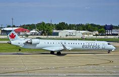 C-FCJZ Air Canada Express (Jazz Air) Canadair CL-600-2D15 Regional Jet CRJ-705ER / 703 (cn 15040)