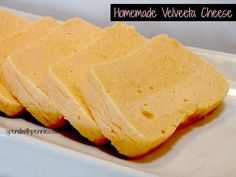 Save some money and make your own homemade Velv… Copycat Velveeta Cheese recipe! Save some money and make your own homemade Velveeta cheese at home all with ingredients you already have! Homemade Velveeta, Recipes With Velveeta Cheese, Homemade Cheese, Great Recipes, Favorite Recipes, Yummy Food, Tasty, Healthy Food, How To Make Cheese