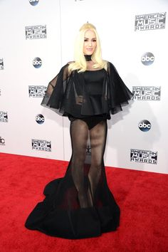 We're Freaking the Eff Out Over Gwen Stefani's Sexy Sheer Gown