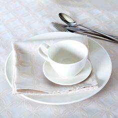 Șervet de masă Hazel din bumbac și poliester. #mobexpert #reduceri #deco Tea Cups, Tableware, Dinnerware, Tablewares, Dishes, Place Settings, Cup Of Tea