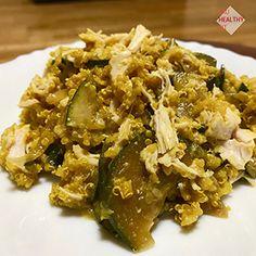 Quinoa a la cúrcuma con pollo y verduras      Ingredientes de la Quinoa a la cúrcuma con pollo y verduras    1 vaso de quinoa 2 a 3 vasos de agua 2 cucharadas de cúrcuma en polvo 1 calabacin grande 3 cucharadas de salsa de soja 1 cebolla 1 lata