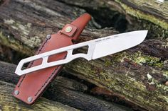 Stainless Steel Alloy, Bushcraft Knives, Laser Cut Acrylic, Knives And Tools, Custom Knives, Stitching Leather, Knife Making, Knifes, Cool Tools