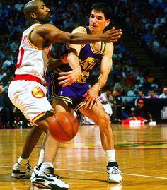 Un genio de las asistencias. En un partido contra los Rockets en la 89'-90'  26 puntos  24 asistencias (1 única perdida)  #NBA #John #Stockton #Utah #Jazz