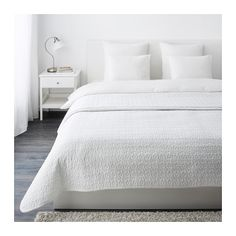 ALINA Coverlet - classic, crisp and clean against soothing walls and perfect base for layering one bold bolster.