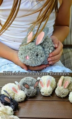 Grab the tutorial for the diy adorable yarn bunnies and make every one for Easter. Sometimes, as parents, it can be difficult to find things for your kids to do around the house. One really fun thing… Spring Crafts, Holiday Crafts, Crafts To Do, Arts And Crafts, Diy Crafts With Yarn, Pinecone Crafts Kids, Easter Crafts For Kids, Easter Gift, Bunny Crafts
