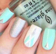 There are countless ways to create nail art with these Deep Single Chevron Nail Vinyls ~ Perfect clean lines and intense angles will make your manicure pop! Outsides included with each chevron nail vi