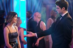 A gallery of The Perfect Date publicity stills and other photos. Featuring Noah Centineo, Laura Marano and Camila Mendes. Laura Marano, Kung Fu Panda 3, Love Movie, Movie Tv, Films Netflix, Iron Man, Cami Mendes, Gif Disney, Dream Boyfriend