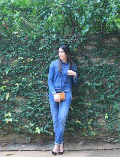 Blog Caca Dorceles. 2015. Meu Look: Macacão Jeans. Zara denim jumpsuit + Christian Louboutin scarpin + Saint Laurent Paris bag.