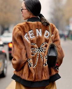 Fendi bomber jacket with graphic print on back and fuzzy wuzzy texture Fashion Week 2018, Fashion Mode, Milan Fashion Weeks, Fur Fashion, Trendy Fashion, Winter Fashion, Fashion Outfits, Fendi Fur, Peek A Boo