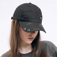 fcc6efe9aa4 Ripped baseball cap with studs for teenage girls