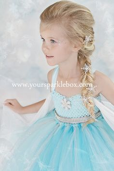 Queen Elsa Tutu Dress Costume by YourSparkleBox.Halloween costume for one of the girls Halloween Kostüm, Halloween Costumes For Kids, Kids Elsa Costume, Frozen Halloween, Elsa Halloween Costume, Elsa Kostüm Kind, Lila Party, Elsa Hair, Overall Tutu