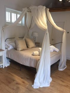 #TheStables #FourPosterBed #BridalRoom Stables, Wedding Hairstyles, Bed, House, Furniture, Home Decor, Medium Wedding Hairstyles, Horse Stables, Stream Bed